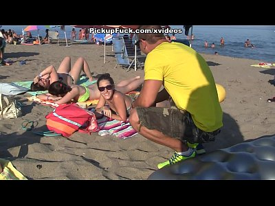 Public Outdoor Girls video: pick-up girl on the beach and fuck her