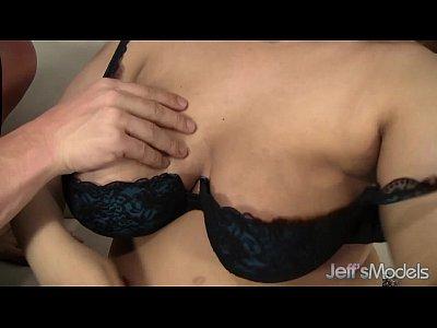 Chubby Chunky Ebony video: Mulatta Plumper Sara Wilson takes cock