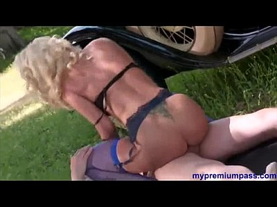 YouPorn - Sexy blonde girl in retro porn film