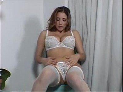 Gata de lingerie sexy