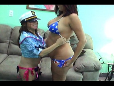 11 Min Mommy Gives Lesbian Sex Lesson