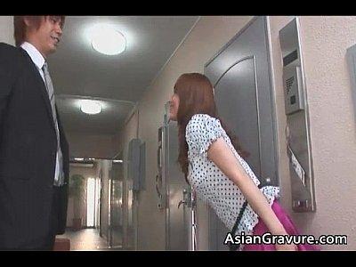 吉沢明歩とイケメン男優のイチャイチャが濃厚すぎる