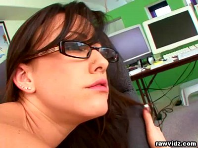Bigtits Blowjob Brunette video: Jennifer White hot secretary fucks her boss
