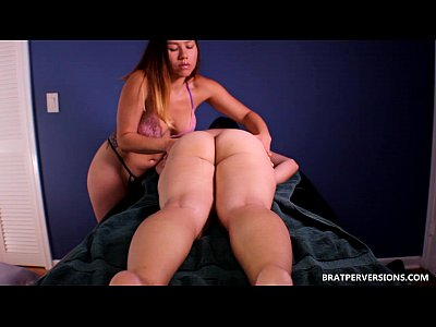 Masturbation Massage xxx: Logan Lace Big Ass Massage