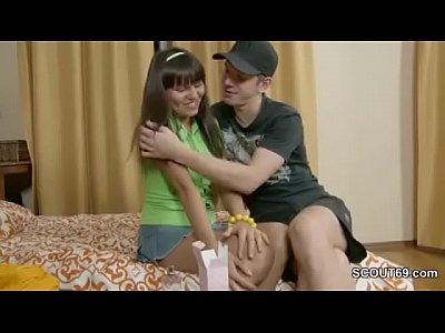 Bigdic Blowjob Brother video: Skinny Young Sister Seduce To Fuck by Big Dick Step-Bro