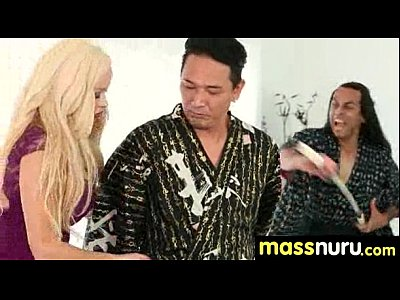 日本語マッサージ与える完全サービスマッサージ24