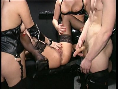 Orgy Groupsex video: huge groupsex orgy