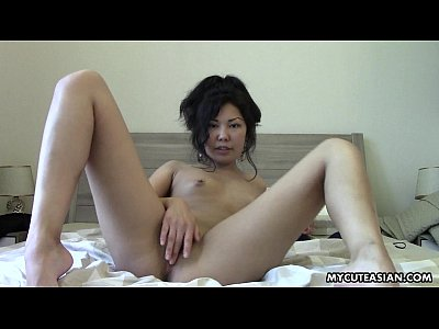 Very Sweet Looking Asian Teen Masturbates On Her Cunt
