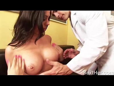 Busty Rachel Starr Gives Head
