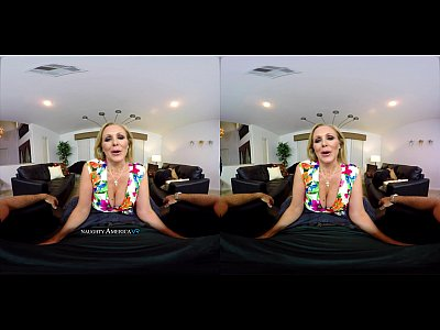 Milf Bigtits Bigtits video: VR MILF - Julia Ann - NaughtyAmericaVR.com