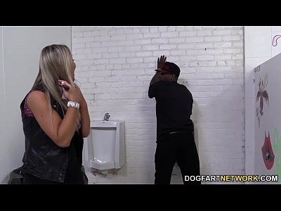 Porno video: Abbey Brooks Assrides A Black Cock In A Restroom