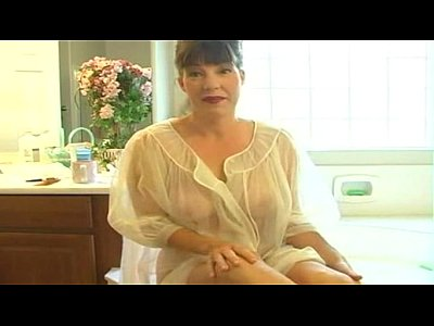 Matures Milfs porno: Mommy Afton - Mommy's Bathroom