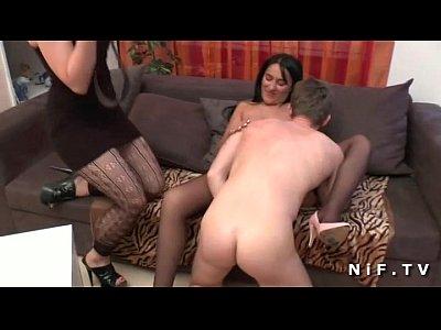 francese milf con grandi tette scopata anale per la candice casting porno