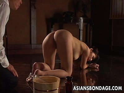 Asian Ass Bdsm video: Nasty Asian tied up babe gets to be pussy treated