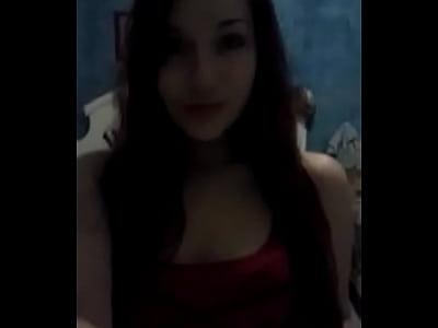 Un buen vídeo de porno mexicano de esta chica mostrando como se masturba