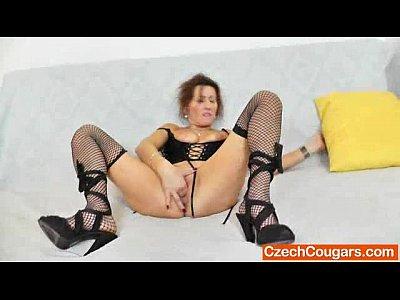 masturbating Mature solo milf