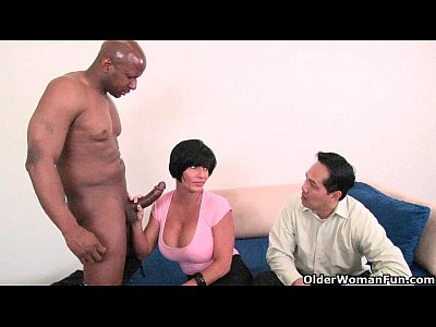 Hubby lets wifie fuck her bbc friend - 3 7