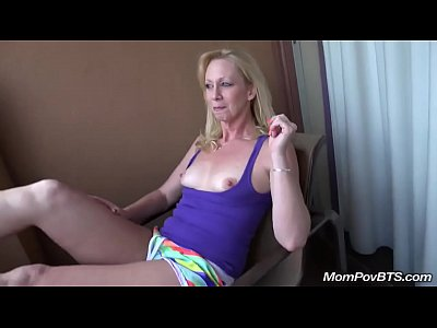 Blonde Mature video: Blond smoker MILF