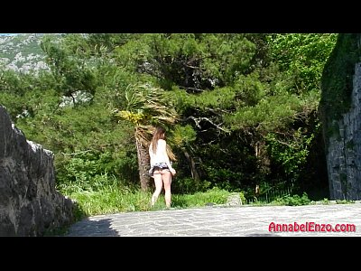 Upskirt Exhibitionist Windy video: Windy Upskirt and No Panties in Public