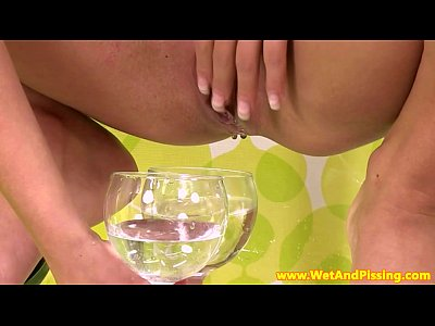 Pee Peeing Piss video: Pee fetish babe pissing in pantyhose