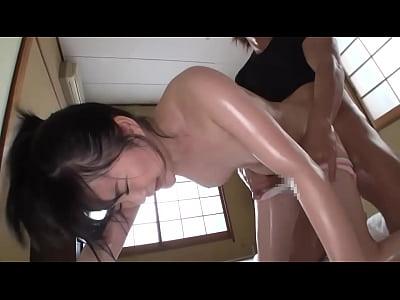 純粋無垢なKカップ女子新月さなえのモザなし無修正裏ビデオ動画無料の無料エロ動画