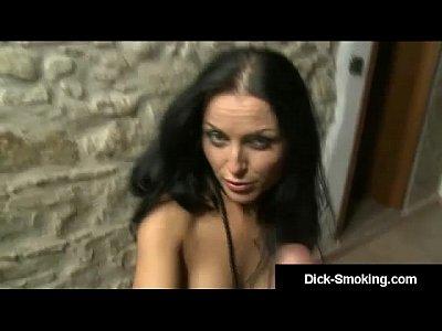 Ars Amandi Smoking A Dick