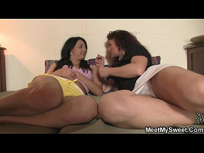 Oral Blowjob Threesome video: He finds his GF licking his mom pussy