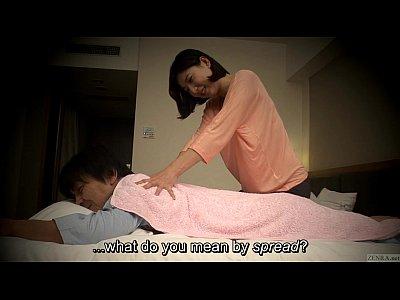 【マッサージ熟女動画】美人おばさんも仕事で疲れてるでしょとエッチな触り方したらスイッチ入って特別にセックスw