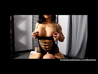 Muscular Muscle Bodybuilder video: EroticMuscleVideos BrandiMae Muscle Handjob