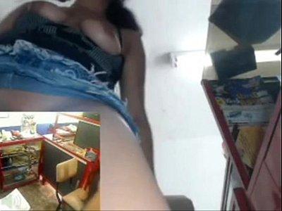 Public Webcam movie: Masturbandose en el cibercafe - masturbating in the cibercafe
