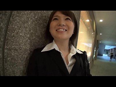 会社の可愛い女子社員に飲んだ勢いでせがまれガッツリ中出し不倫セックスww | AV動画.com