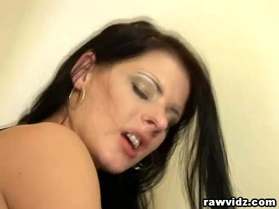Anal Assfuck Bbc video: Horny Cunts Share Black Cock
