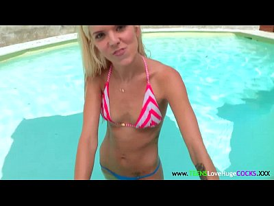 Blonde Outdoor Facial vid: Tiny cockloving teen in a bikini fucked good