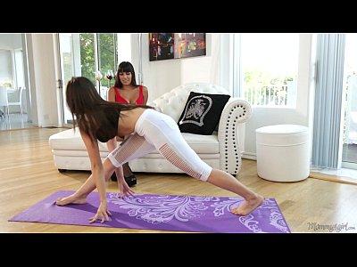 Stockings Lingerie Teen video: Jenna Sativa and her new StepMom Mercedes Carrera