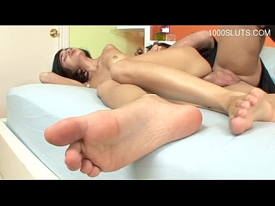 Hot girl surprise cumshot