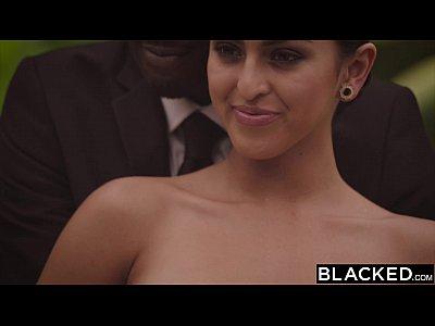 12 Min Blacked.com Gorgeous Model Sophia Leone Takes First BBC