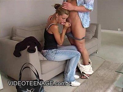 bionda teen primo casting porno