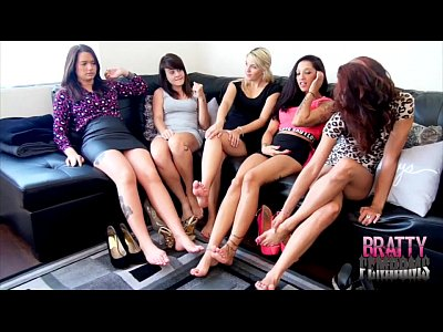 Barefeet Footdomination video: 5 BRATS MAKE A GUY WORSHIP THEIR FEET