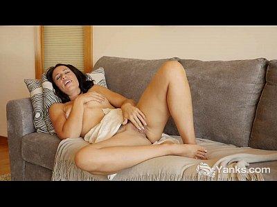 Masturbation Softcore Solo video: MILF Tasty Masturbating Her Quim