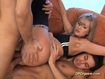 Double Doublepenetration Dp video: Double anal penetration for horny gal
