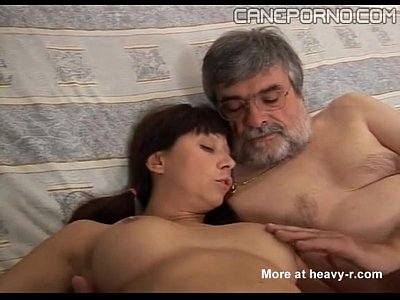 15 Min Horny Italian Dad Screws Young Stepdaughter Cane Porno.com