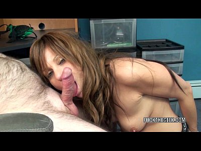 Oral Blowjob xxx: Mature tart Brandi Minx is on her knees blowing a geek