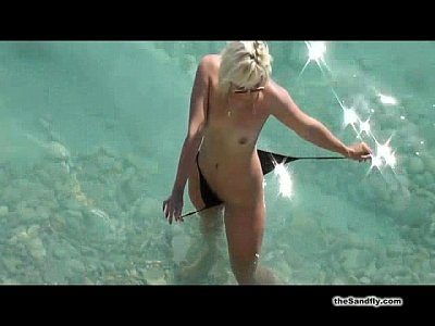 Babes Beach Blowjob video: theSandfly Beach Heat!