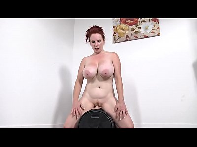 Cheatingwife Milfvideo Milfass video: smoking hot redhead from TheMilfaholic(dot)com rides sybian