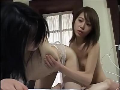 肉欲の限り互いの身体を求め合い3Pセックスで昇天する人妻たち…