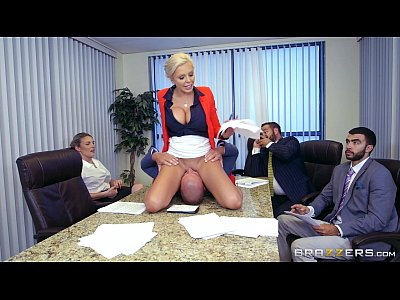 7 Min Xxxvideo Face Sitting With Nina Elle Meeting On Office Brazzers.com