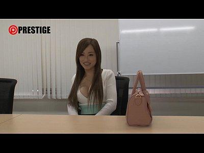 渋谷で買い物帰りのムッツリスケベ処女なCカップ美乳ギャルを巧みに誘導ナンパ、媚薬を仕込んで合法レイプ!! ハメ撮りSEXしちゃう!! 素人観覧注意動