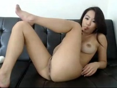 Asian Dildo Clit video: Asian Cam Girl with a Piercing Free Amateur - www.254cams.com
