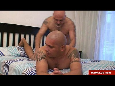 Peluculas Gay stud fucked by daddy bear