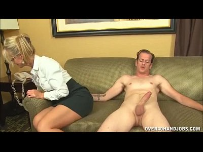 Handjob Milf Mature video: Naughty Mature Lady Loves Jerking